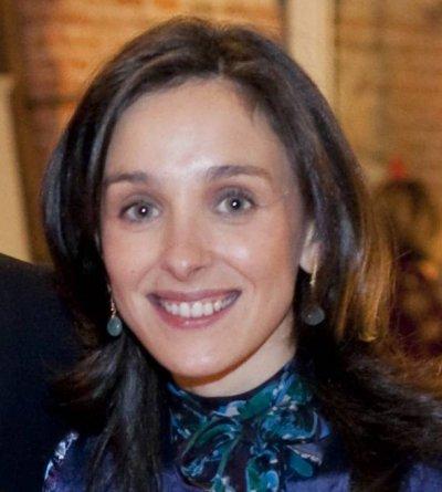 beatriz lozano ha sido nombrada directora de comunicacion de farmaindustria
