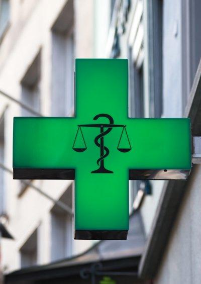 el borrador del xxiv convenio colectivo de farmacia incluye una subida salarial del 65 entre 2014 y 2016