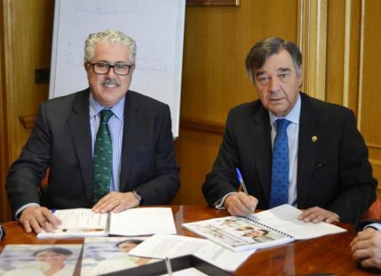 el cofm renueva su convenio con bancofar hasta 2018