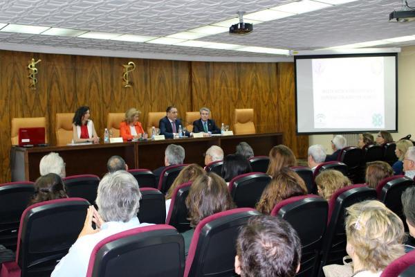 el colegio de farmaceacuteuticos de jaeacuten ayuda a actualizar los conocimientos sobre receta meacutedica