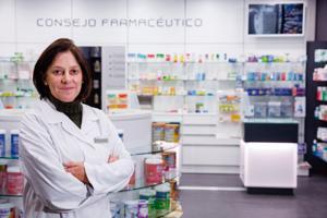 me decidi a robotizar para mejorar el servicio y tambien para dar una imagen de modernidad e innovacion en la farmacia