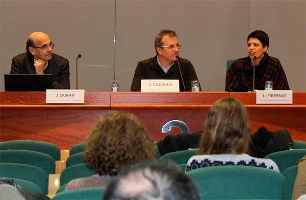 farmaceacuteuticos y agentes sanitarios debaten sobre geacutenero y salud junto a farmamundi