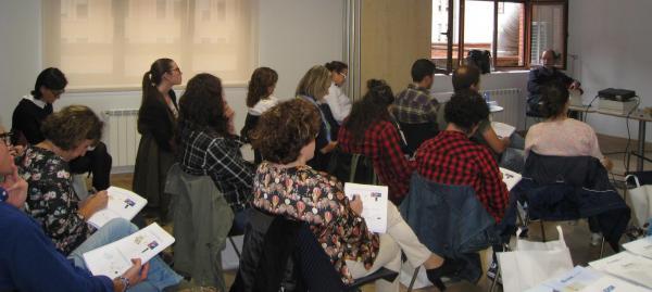 los farmaceacuteuticos asturianos actualizan conocimientos en ortopedia baacutesica