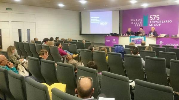 los farmaceacuteuticos valencianos se informan sobre los principales modificaciones fiscales y laborales previstas 2017