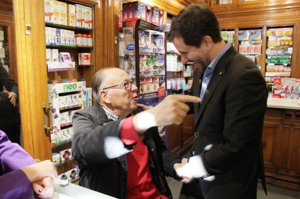 las farmacias catalanas tomaraacuten el pulso de manera gratuita a las personas de maacutes de 60 antildeos para prevenir el ictus