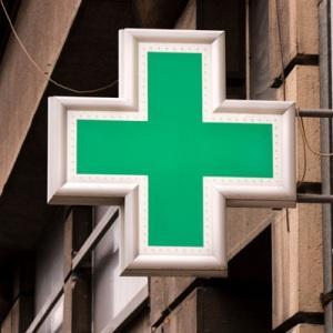 las farmacias extremenas mejoran la red que soporta la receta electronica