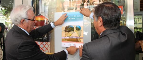 las farmacias madrilentildeas aconsejaraacuten a los ciudadanos sobre el calor la exposicioacuten solar el ozono o los rayos ultravioleta