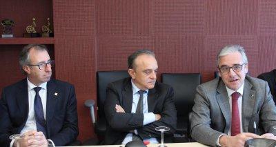 fedefarma firma el convenio de colaboracion para la construccion del hospital de dia st joan de deu
