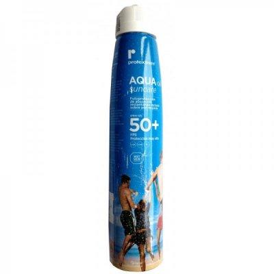 ferrer presenta el primer fotoprotector que demuestra proteccin 50 en piel mojada