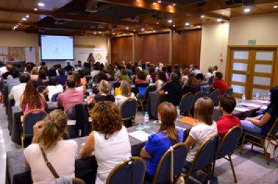 fundacion hefame y laboratorios kern pharma juntos por el desarrollo de talleres sobre ventas en farmacias