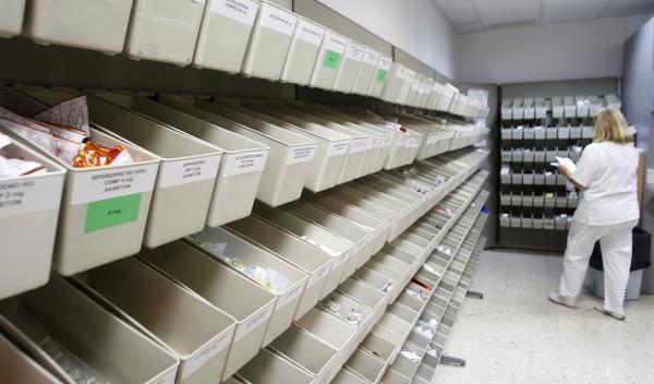 el gasto farmaceacuteutico hospitalario cae en junio gracias al descenso del consumo de faacutermacos para la hepatitis c
