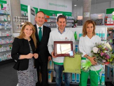 inauguran en len la primera farmacia de la comunidad con imagen de marca alphega farmacia
