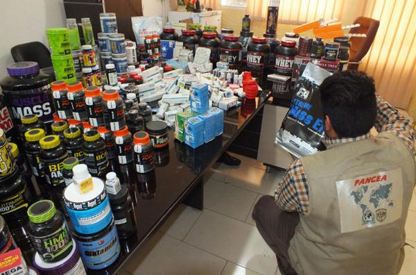 la interpol se incauta de maacutes de 53 millones de doacutelares en medicamentos ilegales