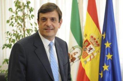 la junta de andalucia destituye al gerente del servicio andaluz de salud jose luis gutierrez