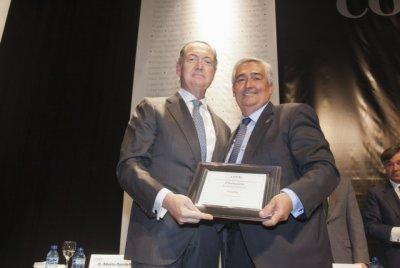 el cof de madrid reconoce a fedifar en el dia del colegiado 2013