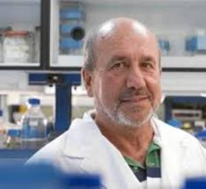 mariano esteban defiende la vacunacioacuten como el tratamiento maacutes eficaz para luchar contra infecciones y muacuteltiples enfermedades