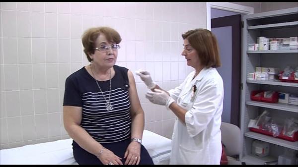 mayor beneficio con dosis elevadas de la vacuna de la gripe