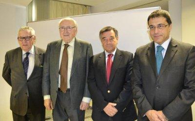 la nueva fiscalidad para la farmacia a partir de 2015 a debate en el cofm