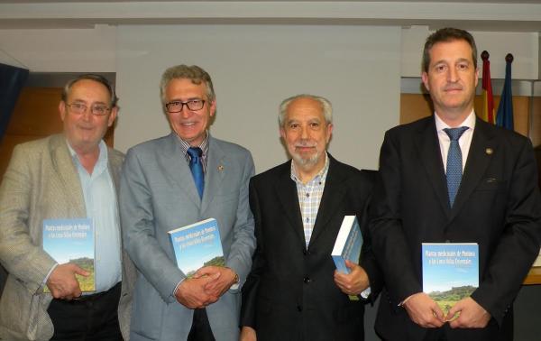 nuevo libro del farmaceacuteutico jesuacutes catalaacuten sobre plantas medicinales en zaragoza