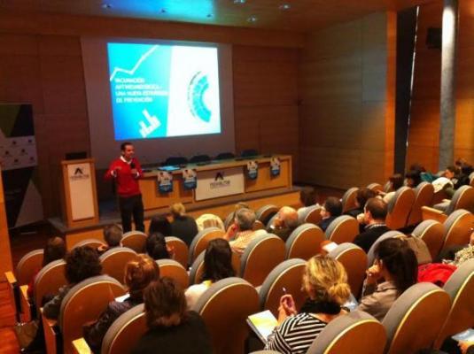 pfizer organiza un taller sobre vacunacion antineumococica para farmaceuticos socios de novaltia