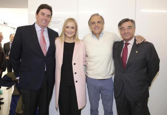 reconocimiento para infarma por su apoyo a las enfermedades poco frecuentes