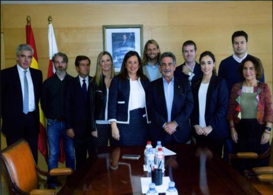 revilla reconoce la importante labor del cof de cantabria en pro de los ciudadanos