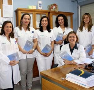 el servicio de farmacia del area de cuenca presenta el libro atencion farmaceutica en casos clinicos