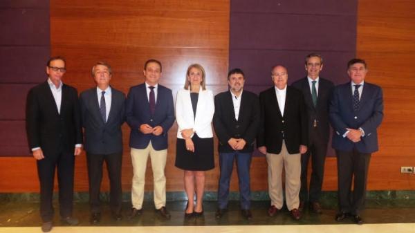todos-los-cof-andaluces-muestran-su-apoyo-directo-a-la-fusion-de-farmanova-y-cecofar-en-bidafarma