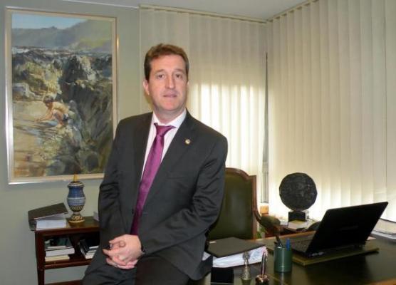 el cof de zaragoza reelige a ramoacuten jordaacuten como presidente del colegio