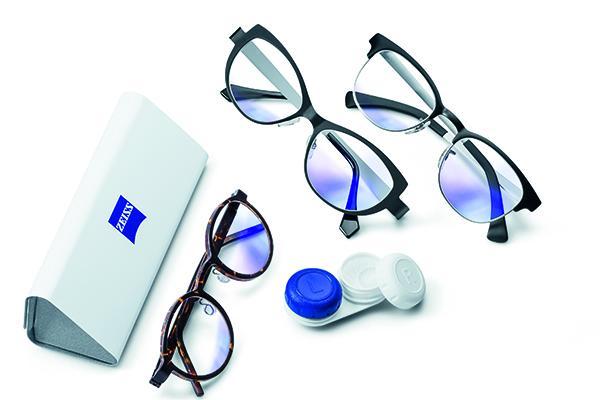 627113d379 ... utilizar las lentes de contacto mediante la combinación de tres  elementos: el diseño de las lentes oftálmicas EnergizeMe, la Tecnología  Digital Inside y ...